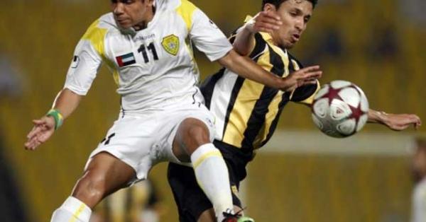 Cầu thủ lùn nhất thế giới được so sánh với Maradona là ai?